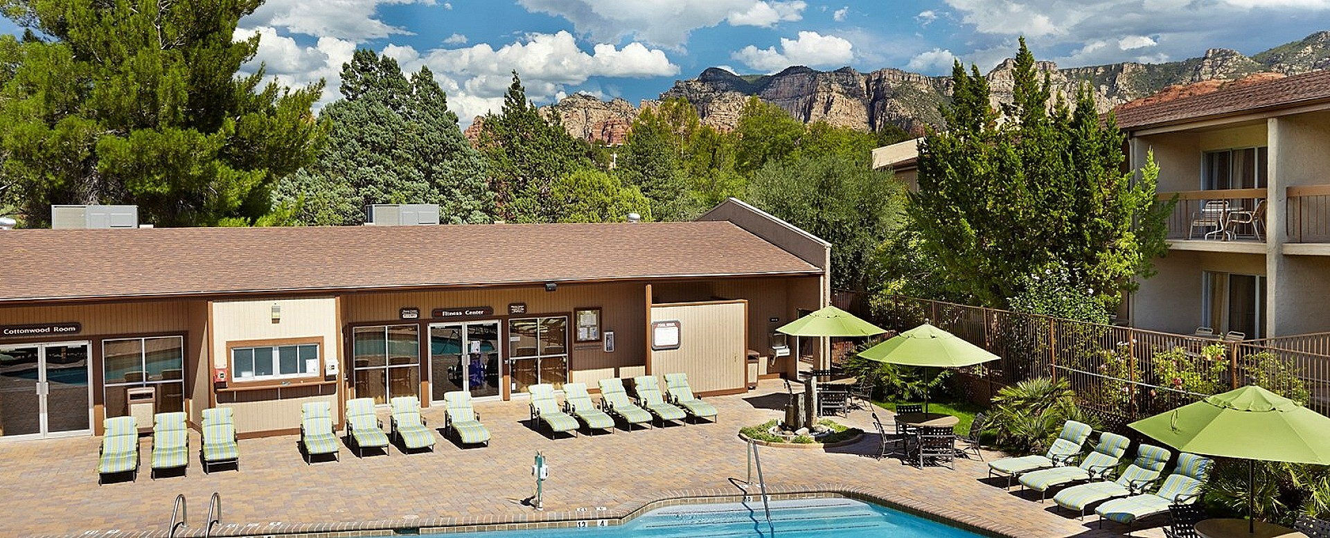 Poco Diablo Resort Sedona pool area